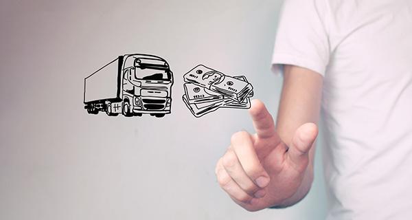 お金とトラック